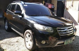 Sell Black Hyundai Santa Fe in Manila