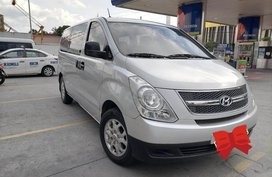 Silver Hyundai Grand starex for sale in Quezon city