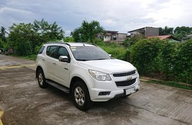 White Chevrolet Trailblazer for sale in Lipa