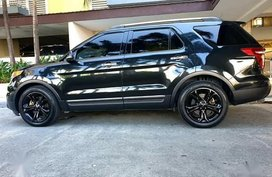 Selling Black Ford Explorer for sale in Parañaque