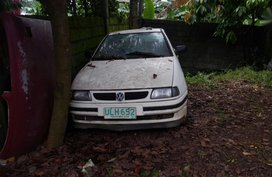 Sell White Volkswagen Polo in Manila