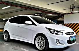 Purple Hyundai Accent 2013 for sale in Quezon City