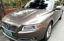 Sell Grey 2010 Volvo C30 in Muntinlupa