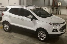 White Ford Ecosport for sale in Makati