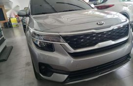 Sell Grey Kia Seltos for sale in Makati