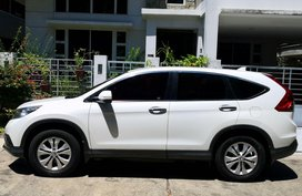 Selling White Honda Cr-V 2013 in Davao City