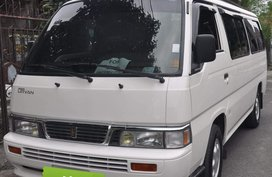 Nissan Urvan 2015