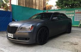 Grey Chrysler 300c for sale in Las Piñas City