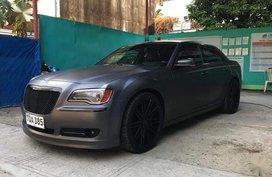 Grey Chrysler 300c for sale in Las Piñas City