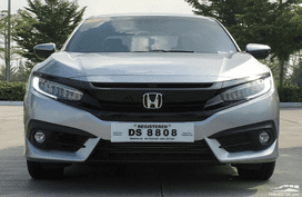Honda Civic RS Turbo still available with P300K discount this month