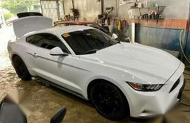 Sell White 2016 Ford Mustang in Quezon City