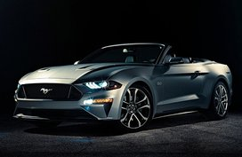 Ford Mustang GT 5.0 Premium Convertible AT