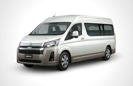 Toyota Hiace GL Grandia Tourer 2.8 AT
