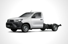 Toyota Hilux 2.4 Cab & Chassis 4x2 MT
