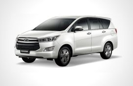 Toyota Innova E 2.0 AT (Gasoline)