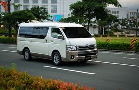 LOW DOWNPAYMENT PROMO! TOYOTA HIACE OLD COMMUTER 2020