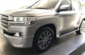 Used 2018 Toyota Land Cruiser Vx Premium Local with Dubai full bodykits