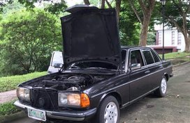 Sell Black Mercedes-Benz 200 in Manila