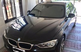 Selling Black Bmw 320D in Santa Rosa