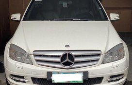 White Mercedes-Benz C200 for sale in Manila