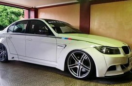 Sell White Bmw 3-Series in Quezon City