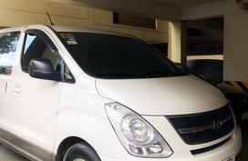 White Hyundai Grandeur for sale in Quezon City