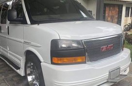 White Gmc Savana for sale in Manila