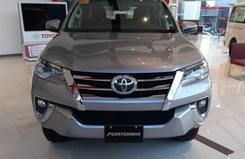 Selling Pearl White Toyota Fortuner in Quezon City