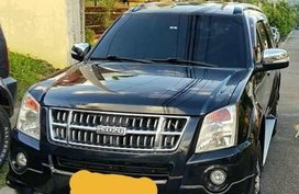 Black Isuzu Alterra for sale in Manila