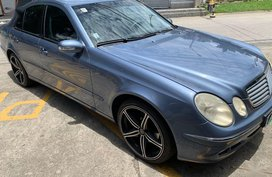 Blue Mercedes-Benz E200 Elegance 2005 for sale in Las Piñas