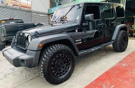 Selling Black Jeep Wrangler in Pasig