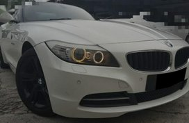 White Bmw Z4 for sale in Quezon City