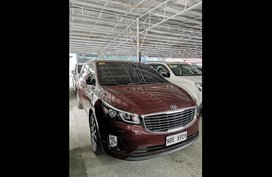 Sell Red 2018 Kia Carnival Van Automatic at 32058 km in Las Piñas City