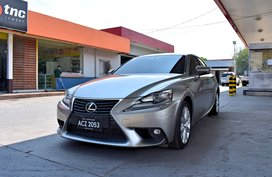 2016 Lexus iS350 Same as Brand New 1.598m Nego Batangas Area