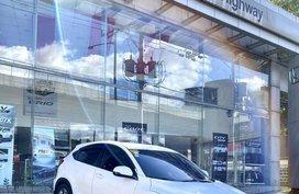 White Honda Hr-V 2015 for sale in Marikina City