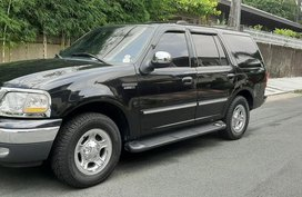 Sell Black Ford Expedition in Quezon City