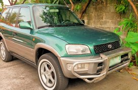Selling Green Toyota Rav4 1999 in Imus