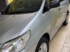 Toyota Innova 2013 AT