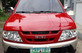Red Isuzu Crosswind 2005 for sale in Manila