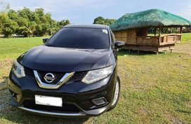 Sell Black Nissan X-Trail in Las Piñas
