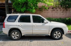 Selling Pearl White Mazda Tribute in Pasig