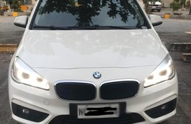 White Bmw 218i for sale in Pasay