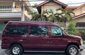 Purple Ford E-150 for sale in Quezon