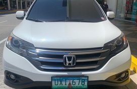 Sell White Honda CR-V 2012 in Manila