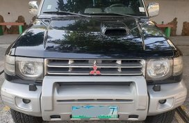 Selling Black Mitsubishi Pajero 2006 SUV in Manila