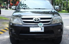 Selling Black Toyota Fortuner 2006 in Pampanga