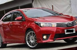 Sell Red 2014 Toyota Corolla Altis in Mandaluyong