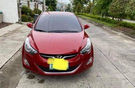 Selling Red Hyundai Elantra 2011 in Manila