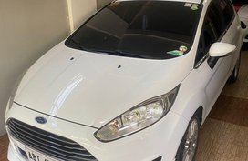 White Ford Fiesta for sale in San Pedro