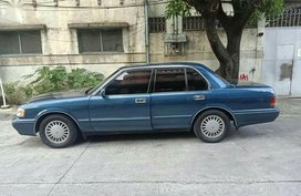 Blue Toyota Crown for sale in Quezon